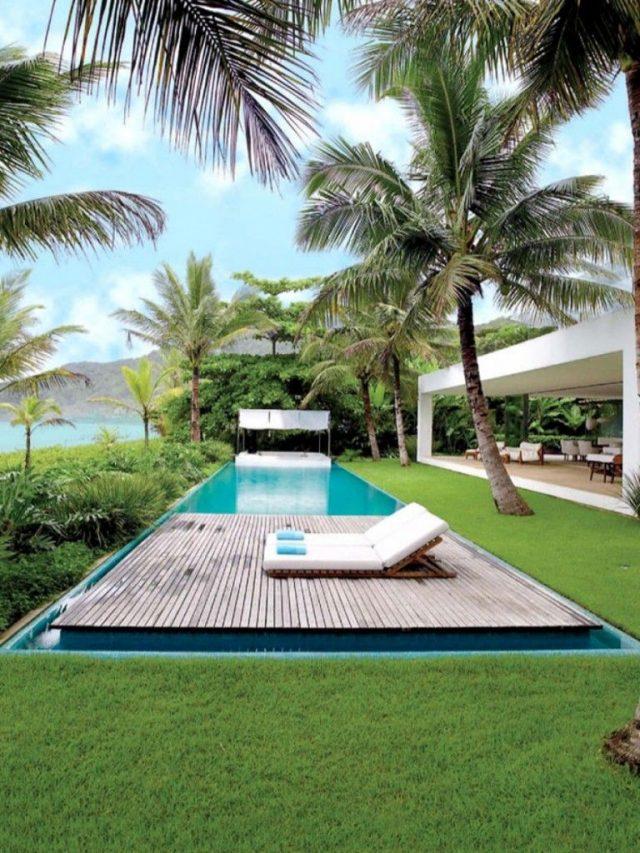 THE VERY BEST TROPICAL-STYLE BEACH HOUSES